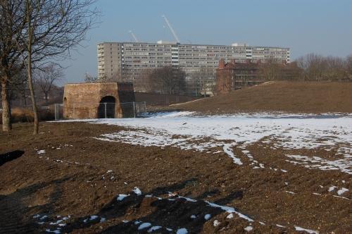 01 - Burgess Park Lime Kiln (11/02/2012)